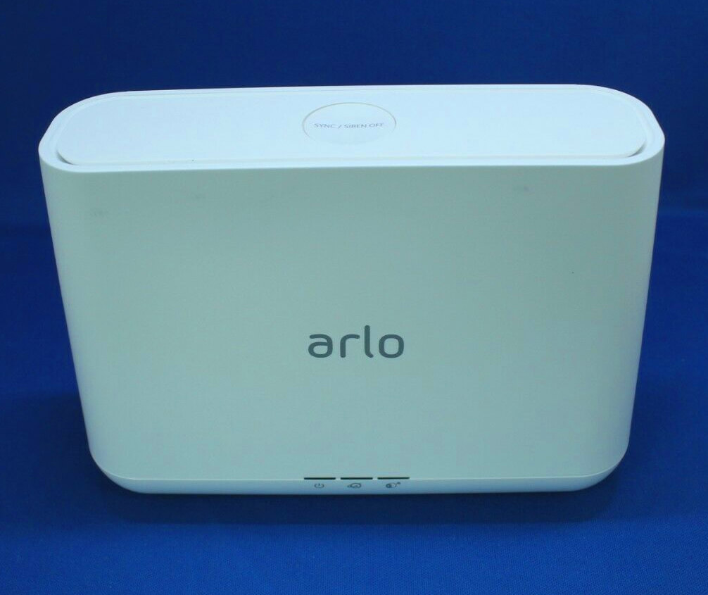 photo du hub wifi de la caméra arlo pro 2 qui fait également office de système d'alarme